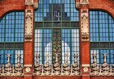 圣十字圣保罗医院彩色玻璃 免版税库存照片