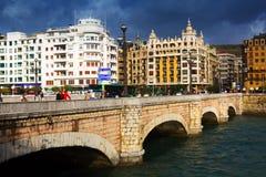 圣卡塔利娜桥梁天视图  Sant塞巴斯蒂安 免版税图库摄影