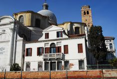 圣卢西亚教会从大运河的在威尼斯在意大利 图库摄影