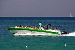 圣卢西亚-速度小船浏览乐趣 免版税图库摄影
