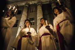 圣卢西亚宴餐的瑞典歌手在D的晚上 免版税图库摄影
