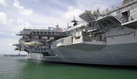 圣地亚哥,加利福尼亚,美国- 2016年3月13日:USS中途在圣地亚哥港口,美国 免版税库存图片