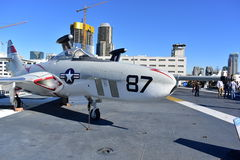 圣地亚哥,加利福尼亚-美国- 12月04,2016 -航空器美洲狮在USS中途博物馆 免版税图库摄影