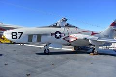 圣地亚哥,加利福尼亚-美国- 12月04,2016 -航空器F9P美洲狮在USS中途博物馆 免版税库存图片