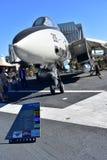 圣地亚哥,加利福尼亚-美国- 12月04,2016 - USS中途F-14雄猫战斗机 库存照片
