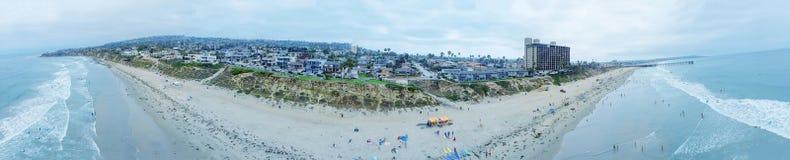 圣地亚哥,加州- 2017年7月31日:木栅公园海滩天线panor 免版税库存图片