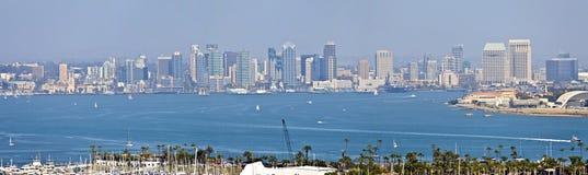 圣地亚哥从洛马角海岛加利福尼亚的地平线全景。 免版税库存照片