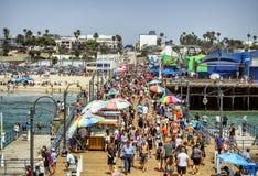 圣塔蒙尼卡码头,拥挤夏天, 2017年8月12日, -圣塔蒙尼卡,洛杉矶, LA,加利福尼亚,加州 库存图片