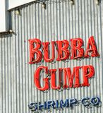 圣塔蒙尼卡,加州- 2017年8月1日:Bubba Gump Shrimp Company res 免版税库存图片