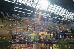 圣塔阿尼塔购物中心内部看法  库存照片