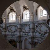 圣塔Chiara教会内部看法,在诺托,西西里岛 库存照片