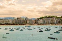 圣塞瓦斯蒂安,西班牙2015年7月12日,海滩的看法 免版税库存图片