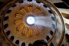 圣墓教堂的圆顶在耶路撒冷,以色列 免版税库存照片