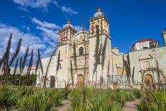 圣多明哥德古斯曼教会在瓦哈卡墨西哥 免版税库存照片