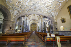圣多明哥教会内部看法  免版税图库摄影