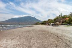 圣多明哥海滩在奥梅特佩岛 免版税库存照片