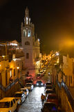圣多明哥,多米尼加共和国 Calle杜瓦特, (杜瓦特街道)在晚上 免版税库存照片