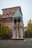 圣多梅尼科,有Rolandino de Passeggeri坟茔的多米尼加共和国的教会大教堂乔凡尼 波隆纳,意大利 库存图片