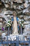 圣女玛丽亚的雕象 免版税库存照片