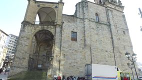 圣安东教会是位于毕尔巴鄂老镇邻里的一个宽容寺庙  股票视频