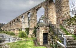 圣安东渡槽,普拉森西亚,卡塞里斯,西班牙 库存图片