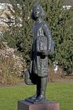 圣安妮弗兰克雕象Merwedplein的 免版税库存照片