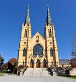 圣安德鲁斯天主教前面门面  免版税库存照片