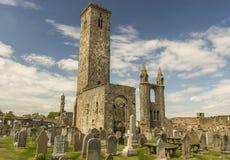 圣安德鲁的大教堂公墓  库存照片