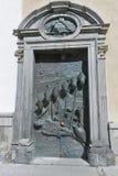 圣尼古拉大教堂的门在卢布尔雅那,斯洛文尼亚 免版税库存照片