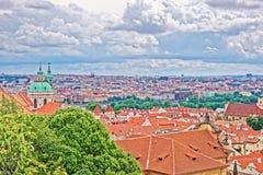 圣尼古拉教会全景在布拉格老镇 免版税库存照片