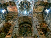 圣尼古拉教会内部, Curtea de Arges,罗马尼亚 图库摄影