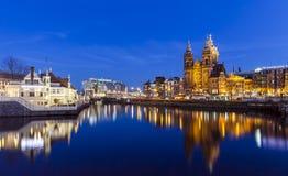圣尼古拉教会在阿姆斯特丹 库存照片