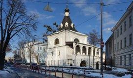 圣尼古拉斯古老教会好在Podol的基辅 冬天 库存照片
