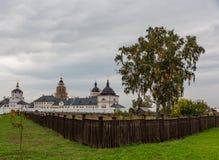 圣尼古拉斯和Wonderworker教会的看法在城市博物馆Sviyazhsk 库存照片