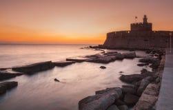 圣尼古拉斯堡垒在黎明 Lindos 希腊 库存照片