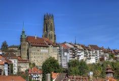 圣尼古拉斯大教堂在弗里堡,瑞士 免版税图库摄影