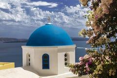 圣尼古拉斯希腊东正教的在圣托里尼海岛上的Oia镇在希腊 库存图片