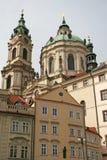 圣尼古拉斯教会在Mala Strana或一点旁边,美好的老部分布拉格 库存图片