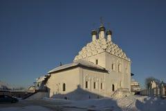 圣尼古拉斯教会看法Posada的-正统老信徒教会冬日 建筑风格-俄国uzorochie - 免版税图库摄影