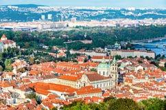 圣尼古拉斯教会,布拉格,一点镇,布拉格的全景 库存照片