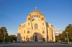 圣尼古拉海军大教堂在Kronstadt,俄罗斯。 免版税库存照片