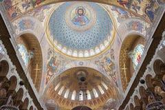 圣尼古拉海军大教堂的内部在Kronstadt, 库存照片