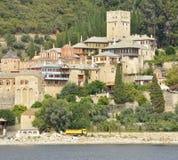 圣山的希腊Dochiariou修道院 免版税库存照片