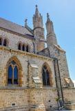 圣帕特里克的大教堂:石灰石和拱式扶垛 库存图片