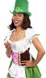 圣帕特里克的天服装的女服务员 免版税库存照片