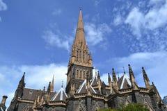圣帕特里克` s大教堂在墨尔本 库存图片