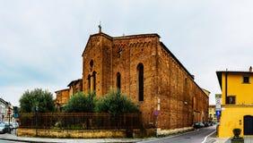 圣弗朗切斯科是教会在普拉托,托斯卡纳,意大利 库存图片