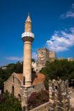 圣彼得城堡在有一点清真寺的博德鲁姆 库存照片