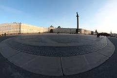 圣彼得堡宫殿正方形偏僻寺院冬天宫殿 免版税库存图片