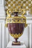 圣彼得堡,俄罗斯, 2016年10月4日:古老花瓶在Hermi 库存照片